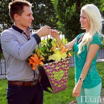 цветы в пакете