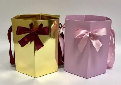 коробки для цветов из ламинированного картона шестигранники